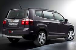 Chevrolet Orlando rear view
