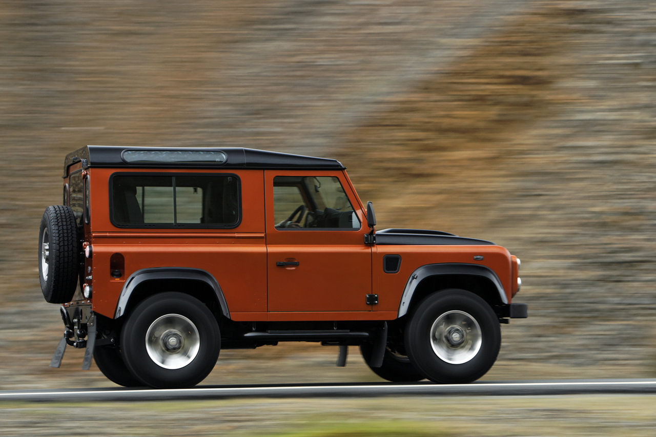 Land Rover Defender Jkowners Com Jeep Wrangler Jk Forum