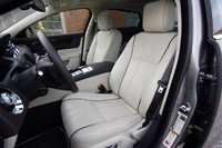 2011 Jaguar XJL front seats