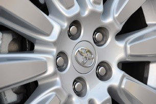 2011 Toyota Sienna wheel