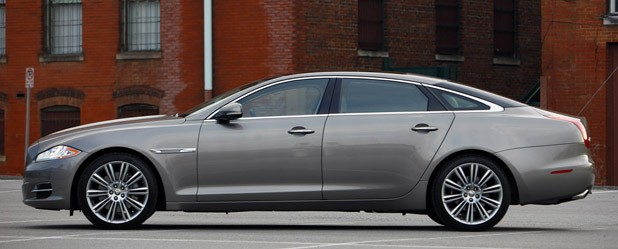 2011 Jaguar XJL profile