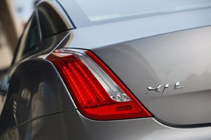 2011 Jaguar XJL taillight
