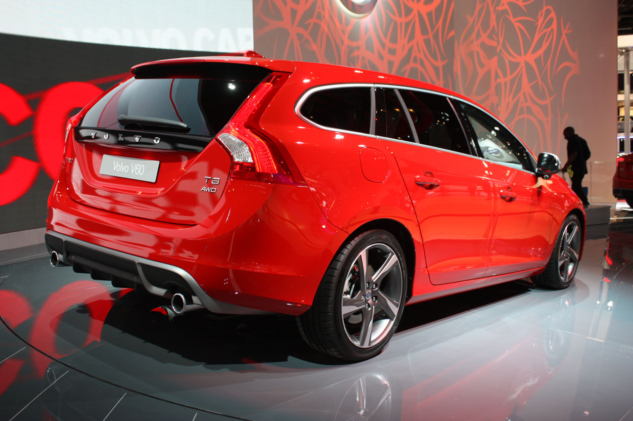 volvo v60 r design photos 7 photos vues ext rieures int rieur volvo pictures to pin on pinterest. Black Bedroom Furniture Sets. Home Design Ideas