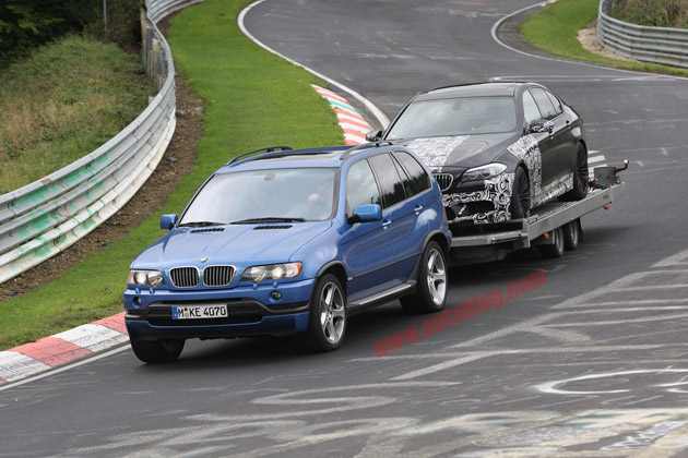 BMW M5 towed from Nurburgring