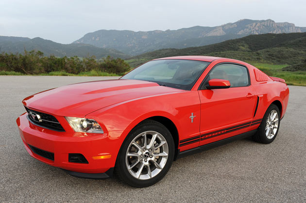2011 Ford Mustang V6 first drive