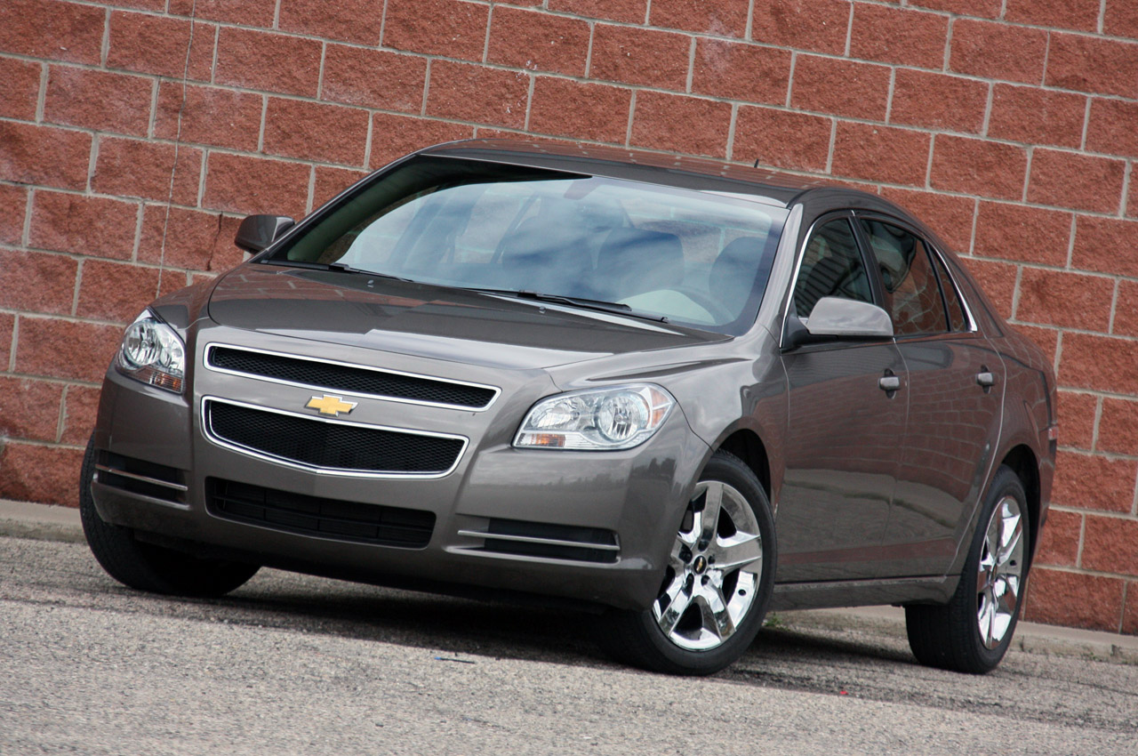 review 2010 chevrolet malibu photo gallery autoblog. Cars Review. Best American Auto & Cars Review