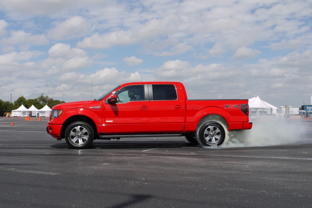 2011 ford f 150 ecoboost photo gallery autoblog. Black Bedroom Furniture Sets. Home Design Ideas