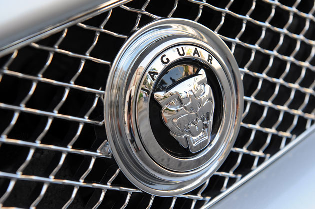 jaguar badge on XF grille