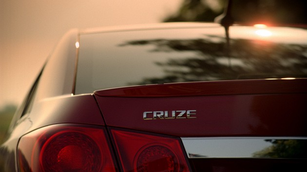 Chevrolet Cruze first ad screen cap