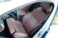 2011 BMW 550i front seats