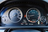 2011 BMW 550i gauges