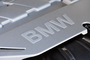 2011 BMW 550i engine details