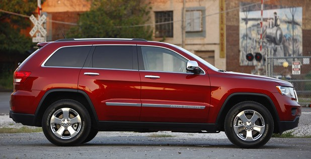 2011 Jeep Grand Cherokee profile