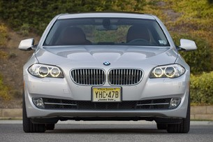 2011 BMW 550i front view