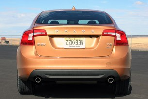 2011 Volvo S60, rear view