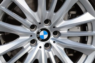 2011 BMW 550i wheel