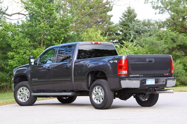 2011 GMC Sierra 3500HD SLE rear 3/4 view