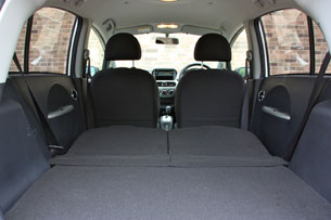 2010 Mitsubishi i-MiEV, cargo area with seats folded