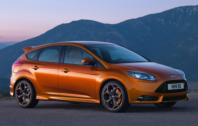 2012 Ford Focus ST, front view