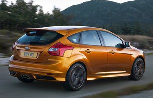 2012 Ford Focus ST, rear 3.4