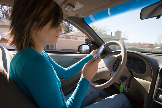 Texting+while+driving