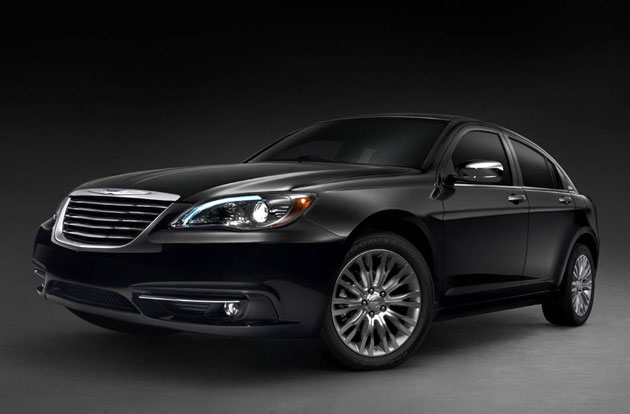 officially official 2011 chrysler 200 gets first full. Black Bedroom Furniture Sets. Home Design Ideas