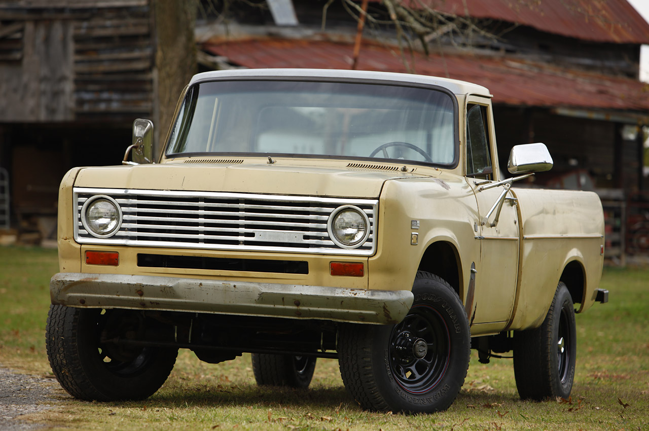 1975 International Pickup Project Vehicle Photo Gallery