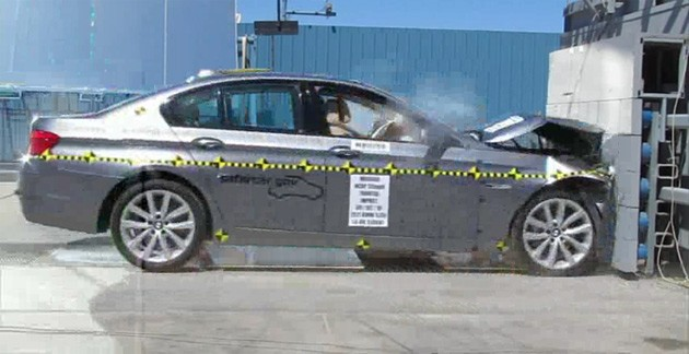 2011 BMW 5 Series frontal crash test