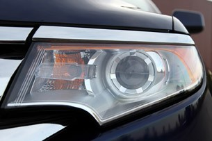 2011 Ford Edge headlight