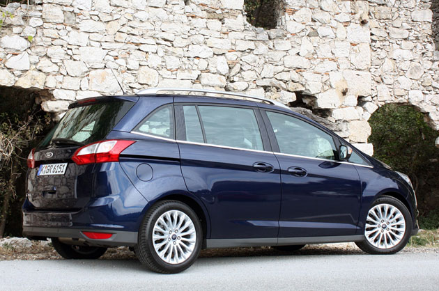 2012 Ford Grand C-Max, rear 3/4 view