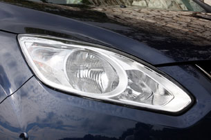 2012 Ford Grand C-Max headlight