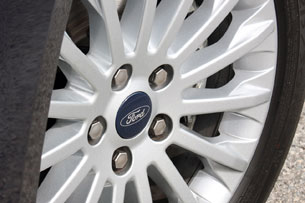 2012 Ford Grand C-Max wheel