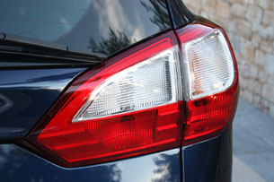 2012 Ford Grand C-Max taillight