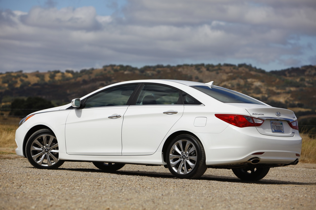 2011 hyundai sonata 2 0t first drive photo gallery autoblog. Black Bedroom Furniture Sets. Home Design Ideas