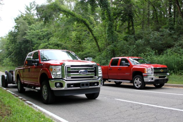 chevy challenges ford to hd towing contest gets turned down. Black Bedroom Furniture Sets. Home Design Ideas