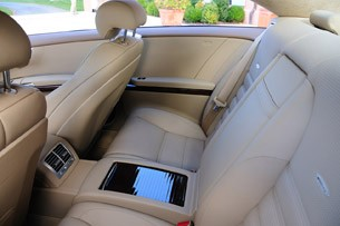 2011 Mercedes-Benz CL63 AMG rear seats