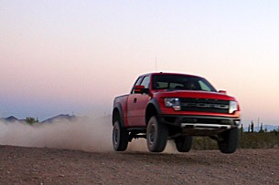 2010 Ford F-150 SVT Raptor 6.2 jumping