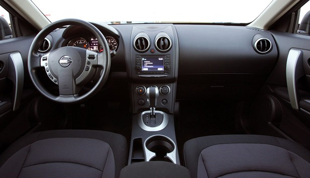 2011 Nissan Rogue interior