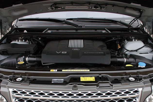 2011 Land Rover Range Rover Supercharged engine