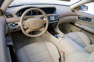 2011 Mercedes-Benz CL63 AMG interior