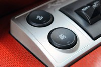 2010 Ford F-150 SVT Raptor 6.2 off road mode button