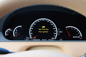 2011 Mercedes-Benz CL63 AMG gauges