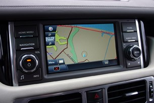 2011 Land Rover Range Rover Supercharged navigation system