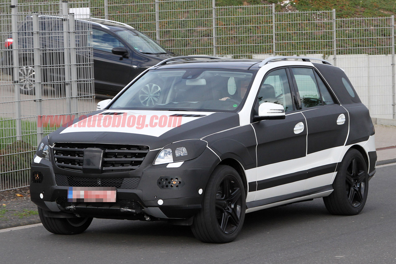 Spy Shots: Mercedes-Benz ML AMG