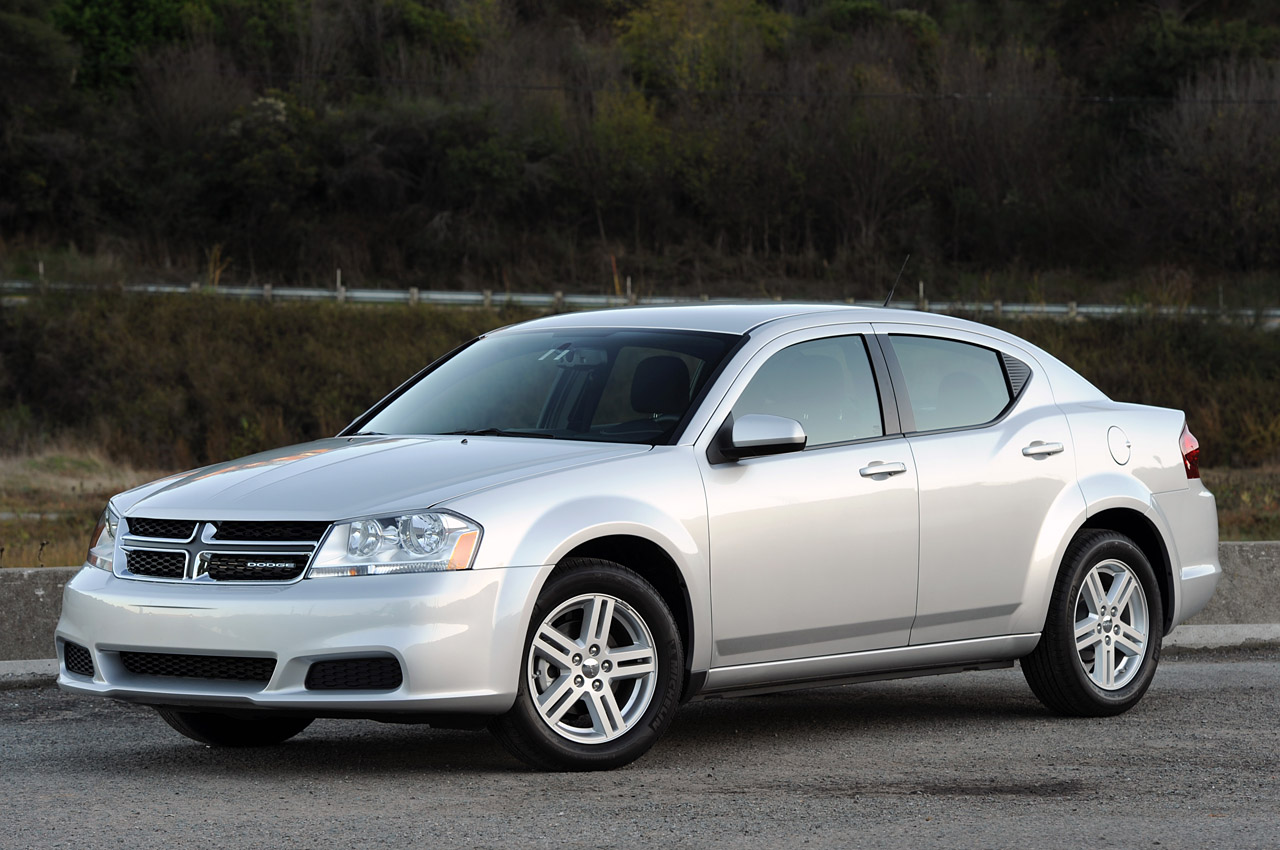 2011 Dodge Avenger: Quick Spin Photo Gallery - Autoblog