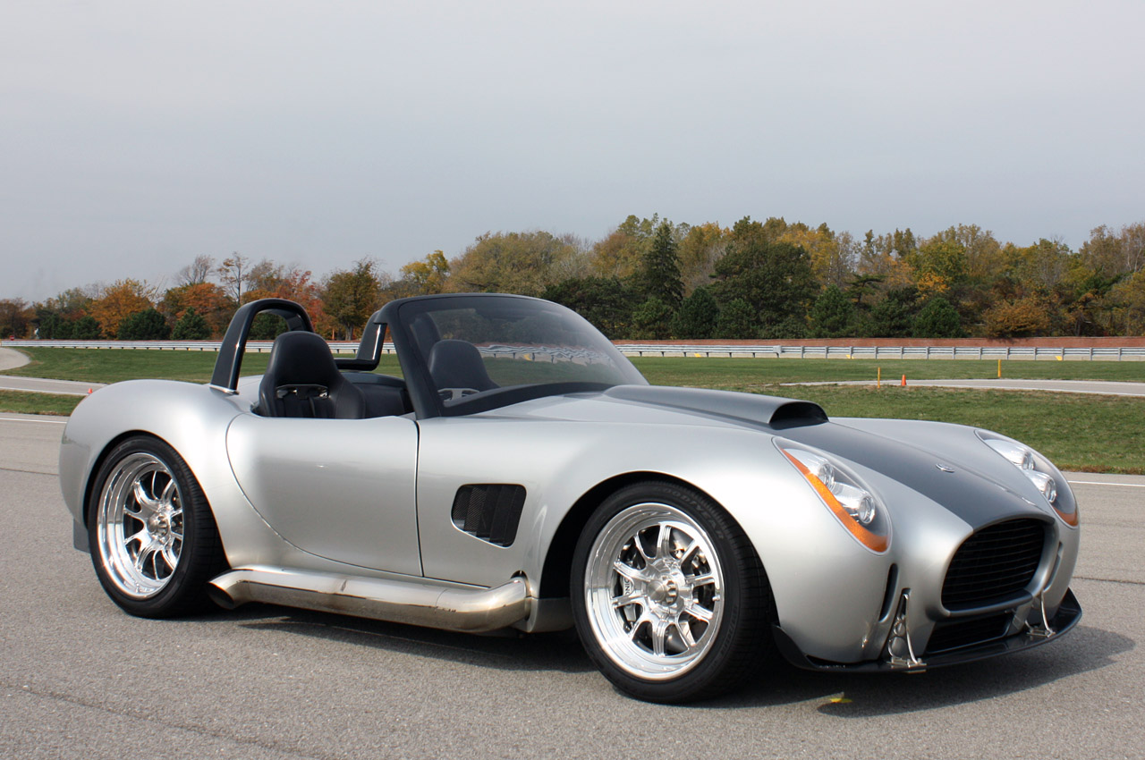 2012 Iconic Ac Roadster First Drive Photo Gallery Autoblog