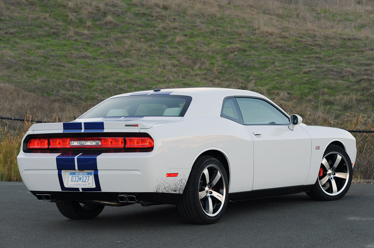 2011 dodge challenger srt8 392 first drive photo gallery autoblog. Cars Review. Best American Auto & Cars Review