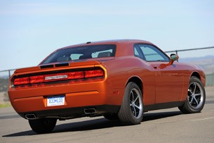 2011 Dodge Challenger SE V6 rear 3/4 view