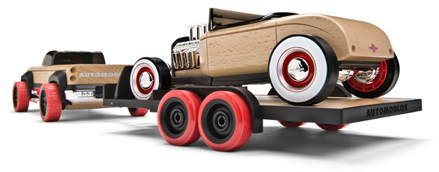 Automoblox full-size Hot Rod Trailer Set