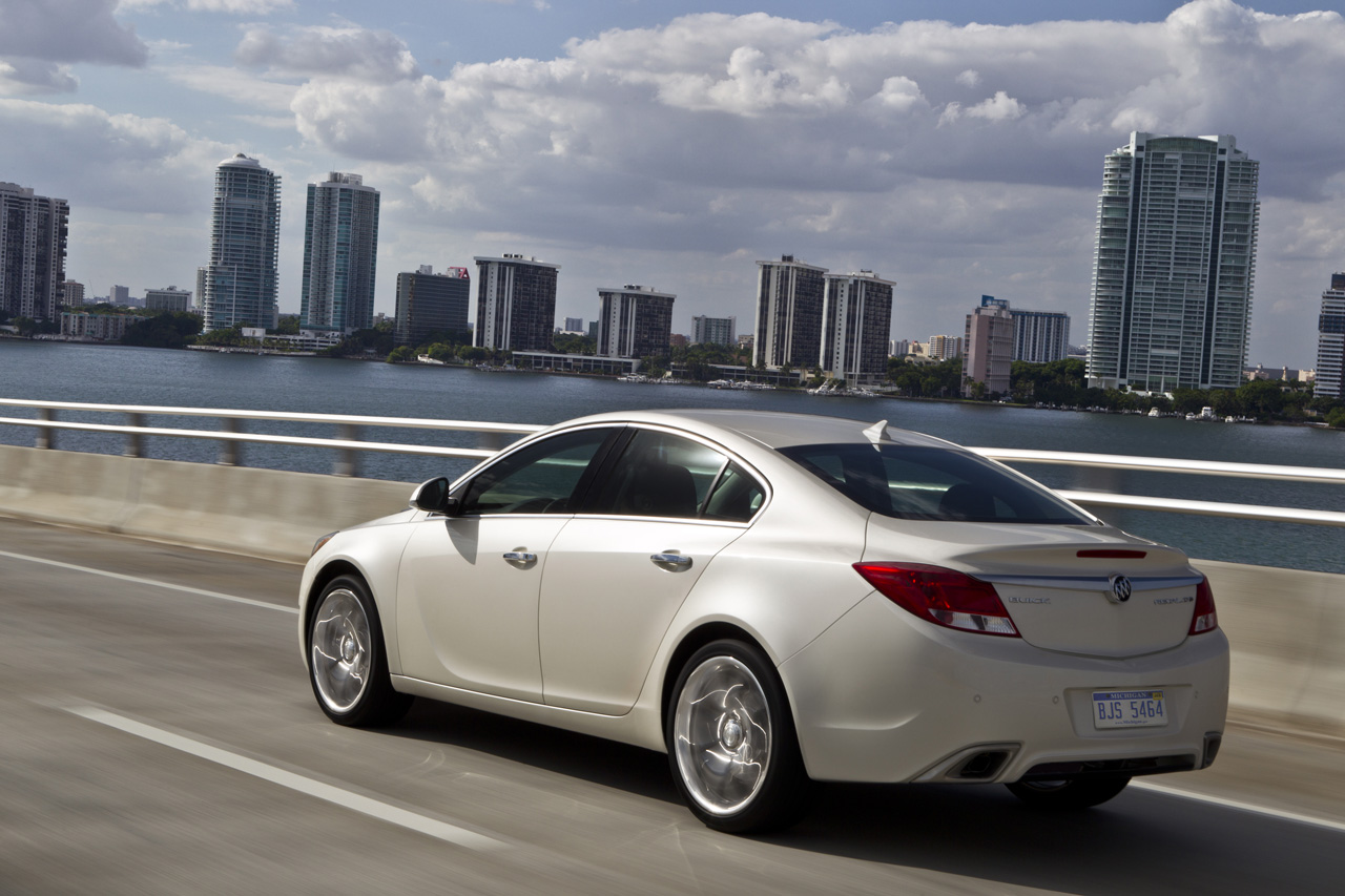 2012 Buick Regal Gs Photo Gallery Autoblog